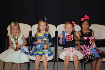 Kaydee McQueary, daughter of Pete and Jessica McQueary of Liberty, was the winner of the 5-year-old girls division. Jaylynn Hamilton, daughter of Brad and Amanda Hamilton of Liberty, was the fi rst runner-up. Second runners-up were Linden-Kate Wilson, daughter of Chris and Debbie Wilson of Russell Springs, and Sophie Madilynn Sapp, daughter of Zachary and Sherry Sapp of Russell Springs (tie).