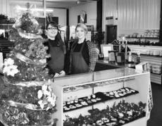 """<div class=""""source"""">LARRY ROWELL</div><div class=""""image-desc"""">My Laser Gifts can help meet special gift needs any time of the year with their custom laser engraving on a variety of items ranging from clocks, sports' trophies, boxes, academic and athletic awards to Christmas ornaments. Rachel Lee, left, and Lacey Coffman invite everyone to stop by and let them demonstrate how easy custom gifts can be.</div><div class=""""buy-pic""""></div>"""