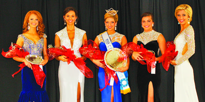 Shelby E. Stringer, 19, (center) was the winner of the 2015 Miss Casey County Fair pageant. Other winners were, from left, Veronica B. Chisholm, 17, of Owenton, fourth runner-up; Andrea R. Glass, 20, of Summer Shade, second runner-up; Molly K. Burkhead, 19, of Lawrenceburg, fi rst runner-up; and Ashley Johnson, 19, of Somerset, third runner-up.